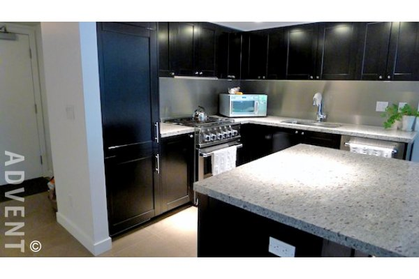 H&H 2 Bedroom Luxury Townhouse For Rent in Yaletown Vancouver. TH 1111 Homer Street, Vancouver, BC, Canada.