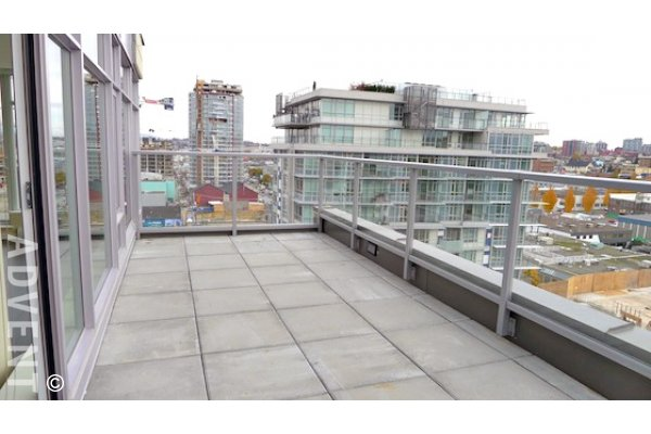 Wall Centre False Creek 2 Bedroom Apartment For Rent in Westside Vancouver. 1404 - 108 West 1st Avenue, Vancouver, BC, Canada.