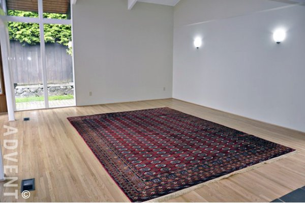 Unfurnished 3 Bedroom House Rental in Montroyal North Vancouver. 360 Ventura Crescent, North Vancouver, BC, Canada.