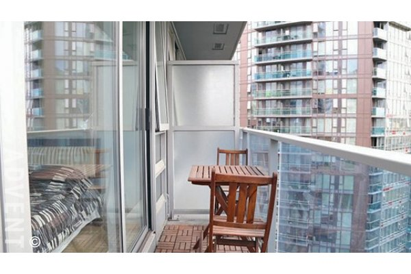 TV Towers 2 Bedroom Unfurnished Apartment Rental in Yaletown Vancouver. 1603 - 788 Hamilton Street, Vancouver, BC, Canada.