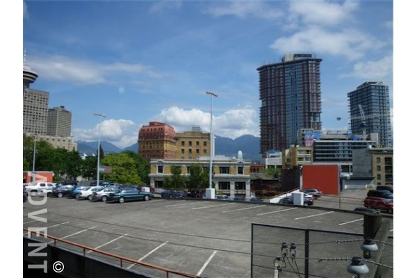 Metro Living 1 Bedroom Apartment For Rent in Downtown Vancouver. 403 - 531 Beatty Street, Vancouver, BC, Canada.