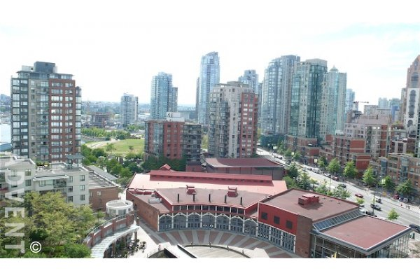 1 Bedroom Apartment For Rent at Aquarius in Yaletown Vancouver. 1707 - 1199 Marinaside Crescent, Vancouver, BC, Canada.