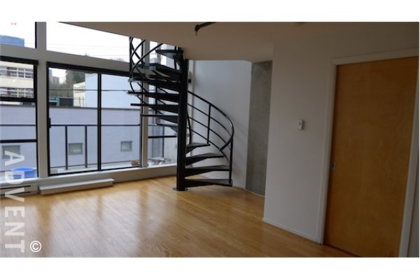 XL Lofts 1 Bedroom Unfurnished Loft For Rent on Vancouver's Westside. 301 - 428 West 8th Avenue, Vancouver, BC, Canada.