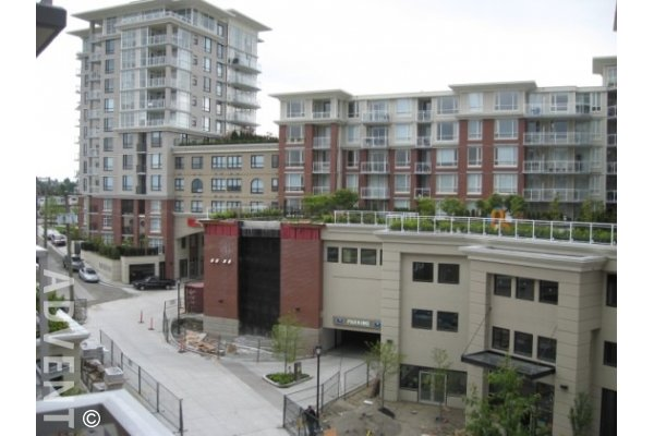 Unfurnished Studio Rental at King Edward Village in East Vancouver. 420 - 4028 Knight Street, Vancouver, BC, Canada.