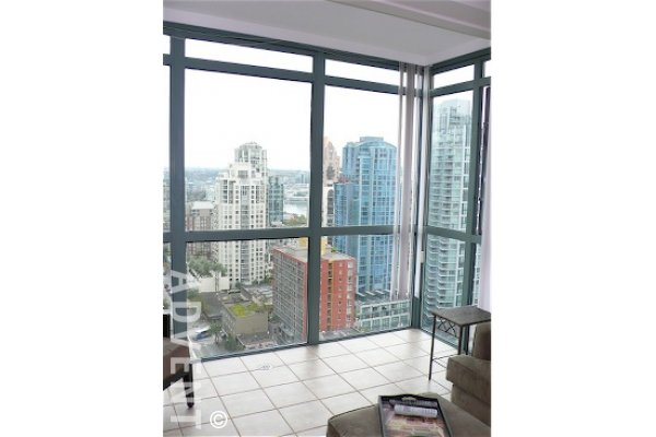 Unfurnished 1 Bed Apartment For Rent in Downtown Vancouver at 1188 Howe. 2205 - 1188 Howe Street, Vancouver, BC, Canada.