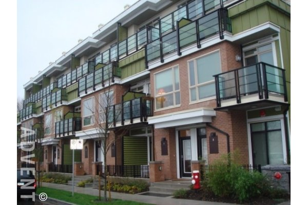 Noma 1 Bedroom Live / Work Townhouse For Rent in Lower Lonsdale, North Vancouver. 5 - 728 West 14th Street, North Vancouver, BC, Canada.
