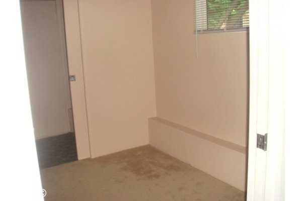 Unfurnished 1 Bedroom Basement Suite For Rent in Upper Lonsdale N. Van. 568 West 28th Street, North Vancouver, BC, Canada.