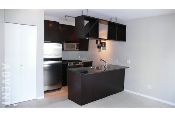 The Bentley 8th Floor 1 Bedroom Unfurnished Apartment For Rent in Yaletown, Vancouver. 801 - 1001 Homer Street, Vancouver, BC, Canada.