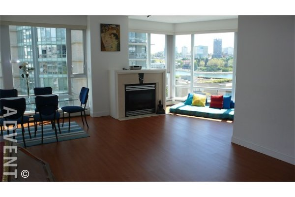 Columbus 3 Bedroom Luxury Apartment Rental in Yaletown Vancouver. 709 - 1383 Marinaside Crescent, Vancouver, BC, Canada.