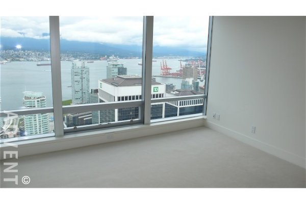 Shangri-La 2 Bedroom Luxury Apartment For Rent in Downtown Vancouver. 5202 - 1128 West Georgia Street, Vancouver, BC, Canada.