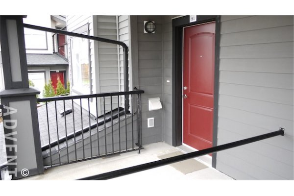 Burnaby 2 Bedroom Unfurnished Townhouse For Rent at Kingsgate Gardens. 81 - 7428 14th Avenue, Burnaby, BC, Canada.