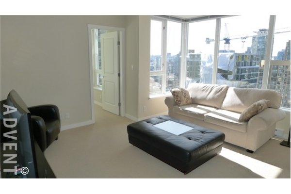 Miro 18th Floor Modern 2 Bedroom Unfurnished Apartment For Rent in Yaletown, Vancouver. 1806 - 1001 Richards Street, Vancouver, BC, Canada.