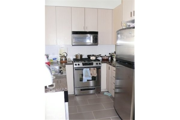 Cortina Unfurnished 2 Bedroom Townhouse For Rent in Edmonds, Burnaby. 6878 Southpoint Drive, Burnaby, BC, Canada.