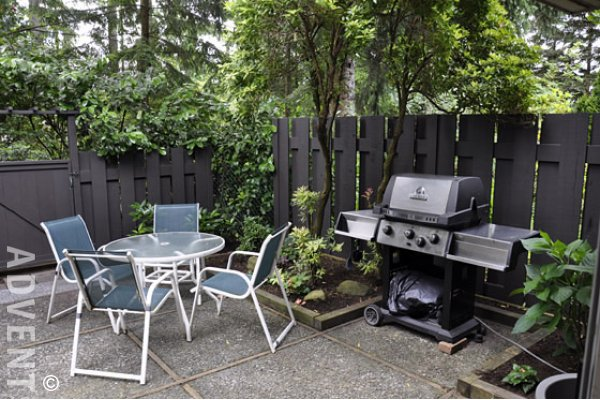 Townhouse Rental North Vancouver  Yorkwood Hills   Hoskins