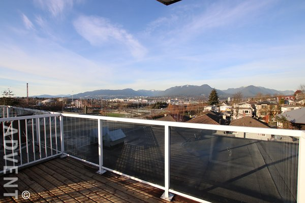2 Bed Townhouse Rental with Roof Deck & Mountian Views at Zoey in East Vancouver. 315 - 3423 East Hastings Street, Vancouver, BC, Canada.