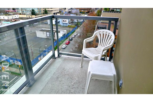 1 Bedroom Unfurnished Apartment For Rent at Salt in Downtown Vancouver. 902 - 1308 Hornby Street, Vancouver, BC, Canada.