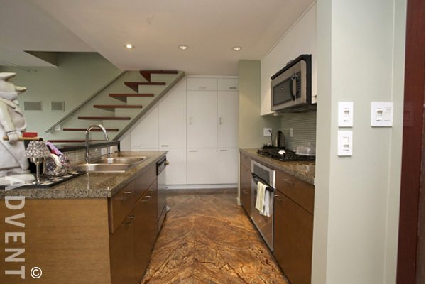 Coopers Pointe 2 Bedroom Luxury Townhouse For Rent in Yaletown. 960 Cooperage Way, Vancouver, BC, Canada.