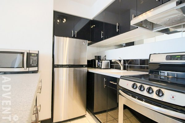 Fully Furnished 3rd Floor Studio Rental at Horizon in Vancouver's West End. 305 - 1250 Burnaby Street, Vancouver, BC, Canada.