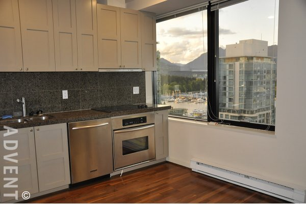 Unfurnished Junior 1 Bedroom Apartment Rental at The Qube in Coal Harbour. 1005 - 1333 West Georgia, Vancouver, BC, Canada.