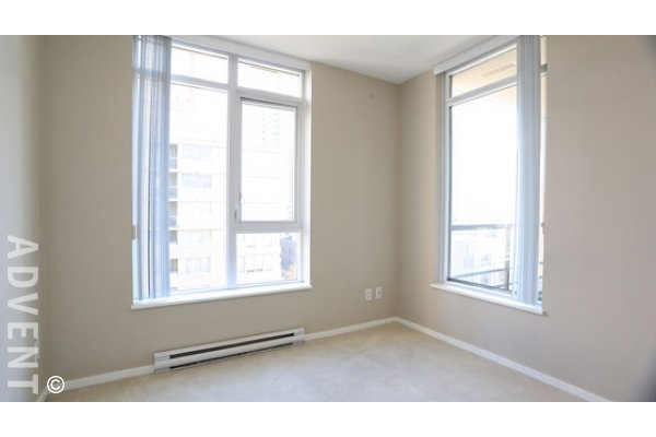 2 Bedroom Unfurnished Apartment For Rent at The Bentley in Yaletown. 803 - 1001 Homer Street, Vancouver, BC, Canada.