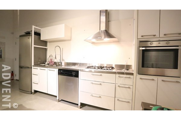 Retail Level 1 Bedroom Live/Work Loft For Rent at Koret Lofts in Gastown. 263 Columbia Street, Vancouver, BC, Canada.