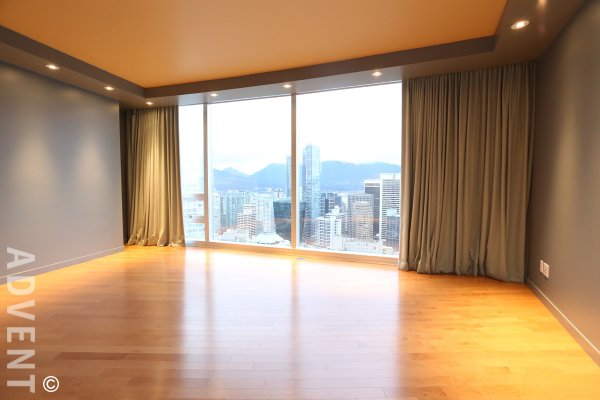 One Wall Centre Luxury 2 Bed Apartment Rental With City Views in Downtown Vancouver. 4101 - 938 Nelson Street, Vancouver, BC, Canada.