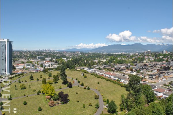 Mountain & City View 2 Bedroom Penthouse For Rent at Brent Gardens in Brentwood, Burnaby. 2504 - 4353 Halifax Street, Burnaby, BC, Canada.