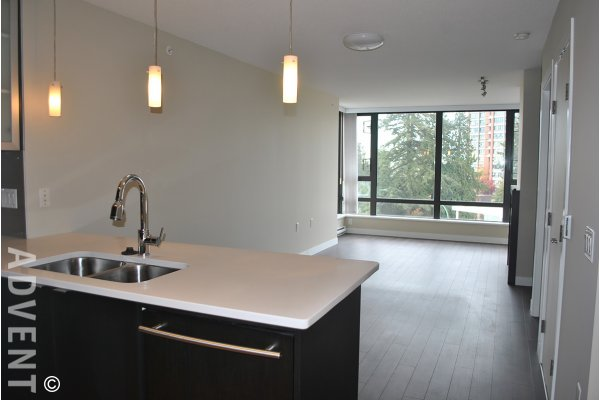 6th Floor 1 Bedroom Unfurnished Apartment For Rent at Esprit 1 in Highgate, Burnaby. 606 - 7328 Arcola Street, Burnaby, BC, Canada.