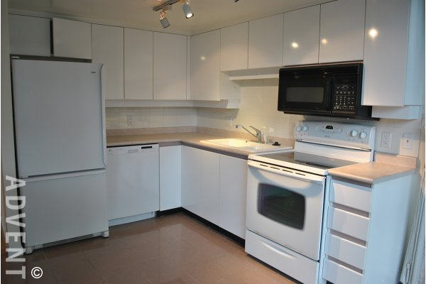 2 Bedroom Unfurnished Apartment Rental at The Regent in The West End. 502 - 1132 Haro Street, Vancouver, BC, Canada.