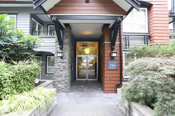 Unfurnished 2 Bedroom & Flex Apartment For Rent at Braebern in Westside Vancouver. 302 - 736 West 14th Avenue, Vancouver, BC, Canada.