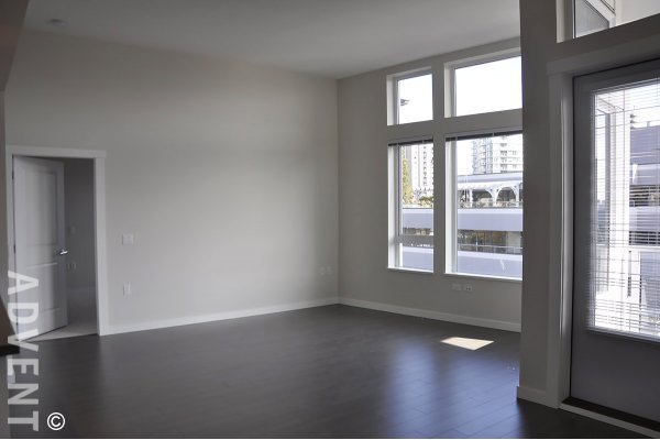 West Quay Unfurnished 2 Bedroom Apartment Rental in Lower Lonsdale. 522 - 255 West 1st Street, North Vancouver, BC, Canada.