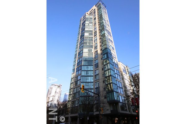 Fully Furnished 1 Bedroom Apartment Rental at City Crest in Downtown Vancouver. 1104 - 1155 Homer Street, Vancouver, BC, Canada.
