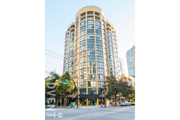 1 Bedroom Unfurnished Apartment For Rent at Robinson Tower in Yaletown. 205 - 488 Helmcken Street, Vancouver, BC, Canada.