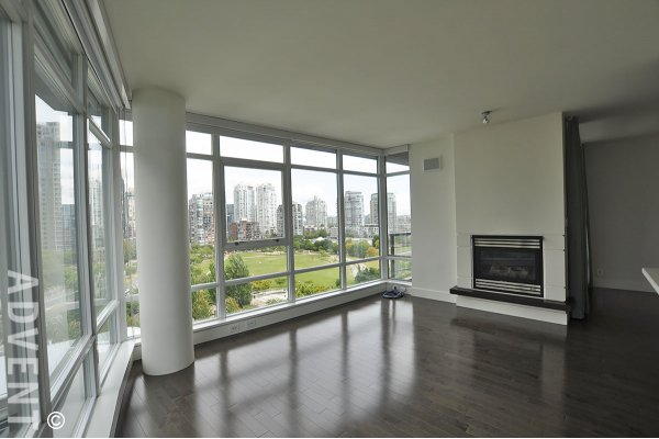 Luxury 2 Bedroom & Solarium Apartment Rental at The Waterford in Yaletown, Vancouver. 1101 - 1483 Homer Street, Vancouver, BC, Canada.