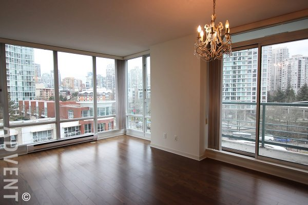 Spacious 1 Bedroom & Den Apartment Rental at Quaywest in Yaletown, Marinaside. 806 - 1067 Marinaside Crescent, Vancouver, BC, Canada.
