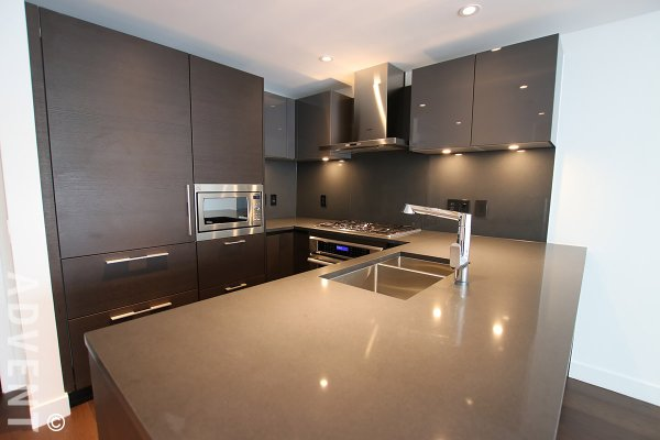 Brand New 2 Bed Luxury Apartment Rental at Shannon Wall Centre in Kerrisdale. 505 - 1561 West 57th Avenue, Vancouver, BC, Canada.