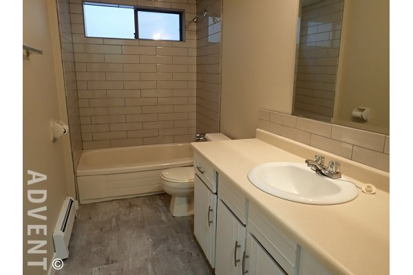 Unfurnished 2 Bedroom Rental Suite on Lower Level of House in Willingdon Heights, Burnaby. 810B Rosser Avenue, Burnaby, BC, Canada.