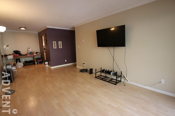 La Contessa 1 Bedroom Unfurnished Apartment Rental in East Vancouver. 209 - 1422 East 3rd Avenue, Vancouver, BC, Canada.