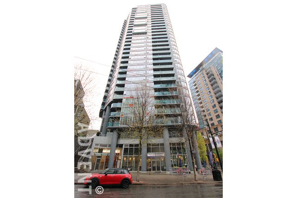 8th Floor 1 Bedroom & Den Apartment Rental at TV Towers in Yaletown, Vancouver. 805 - 233 Robson Street, Vancouver, BC, Canada.