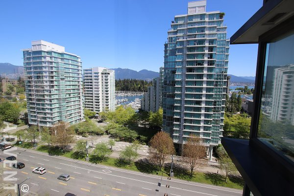 Unfurnished 1 Bedroom Apartment Rental at The Park in Vancouver's West End. 1405 - 1723 Alberni Street, Vancouver, BC, Canada.