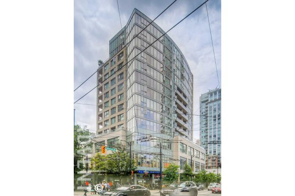 1 Bed + Flex & Solarium Apartment Rental With City Views at L'aria in Downtown Vancouver. 901 - 822 Seymour Street, Vancouver, BC, Canada.