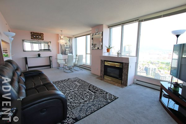 Fully Furnished Apartment Rental With Amazing Views at Paris Place in Downtown Vancouver. 2703 - 183 Keefer Place, Vancouver, BC, Canada.