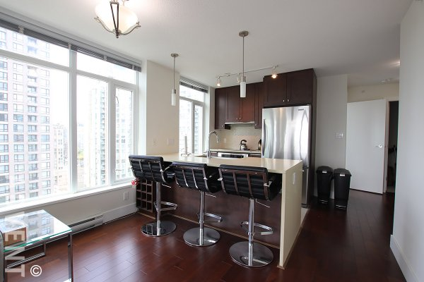 Modern 21st Floor 2 Bedroom Apartment Rental With City Views at The Beasley in Yaletown. 2107 - 888 Homer Street, Vancouver, BC, Canada.