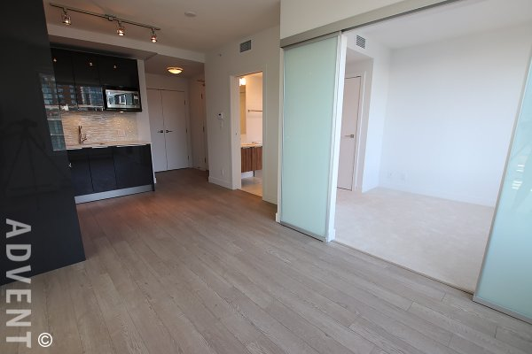 Brand New 2 Bed + Balcony Flex & Solarium Apartment Rental at Tate Downtown in Vancouver. 1904 - 1283 Howe Street, Vancouver, BC, Canada.