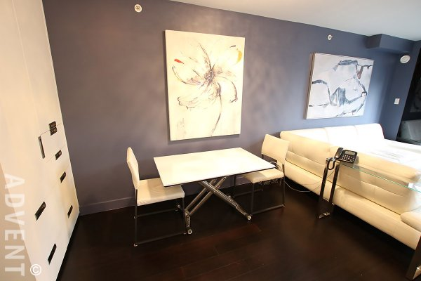 Fully Furnished Luxury 1 Bed & Den Apartment Rental at The Pinnacle in Yaletown. 402 - 939 Homer Street, Vancouver, BC, Canada.
