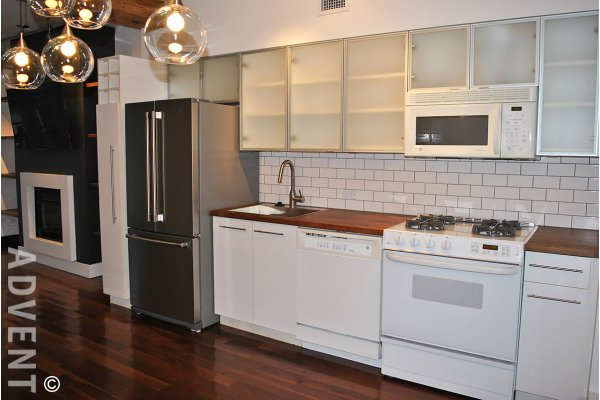 Modern 1 Bedroom & Den Unfurnished Loft For Rent at Alda in Yaletown. 307 - 1275 Hamilton Street, Vancouver, BC, Canada.