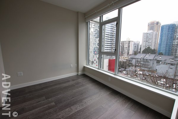 Modern 1 Bedroom City View Apartment Rental in Vancouver's West End. 702 - 1221 Bidwell Street, Vancouver, BC, Canada.