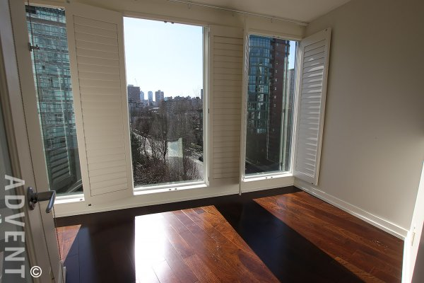 Laguna Parkside Luxury 2 Bed Mountain & Water View Apartment Rental in The West End. 603 - 1925 Alberni Street, Vancouver, BC, Canada.