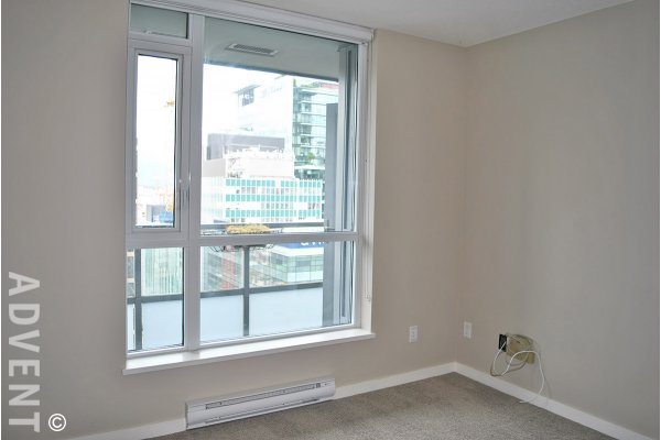 17th Floor 1 Bedroom & Den Apartment For Rent at Capitol Residences in Downtown Vancouver. 1702 - 833 Seymour Street, Vancouver, BC, Canada.