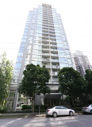 6th Floor Unfurnished 1 Bed & Den Apartment Rental at The Gallery in Yaletown, Vancouver. 603 - 1010 Richards Street, Vancouver, BC, Canada.